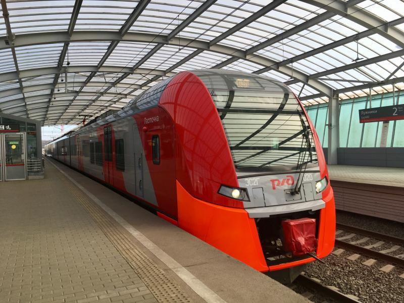 Подавляющее большинство жителей Москвы довольно поездом «Ласточка»