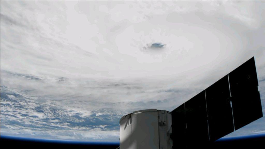 Французы вывели на орбиту спутник-гигант «Мохаммед»