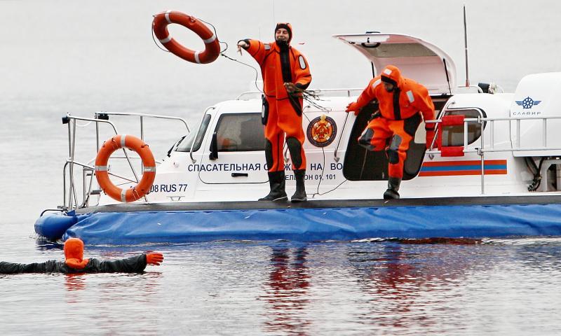 Акваторию Москвы-реки будут патрулировать спасательные катера с видеорегистраторами