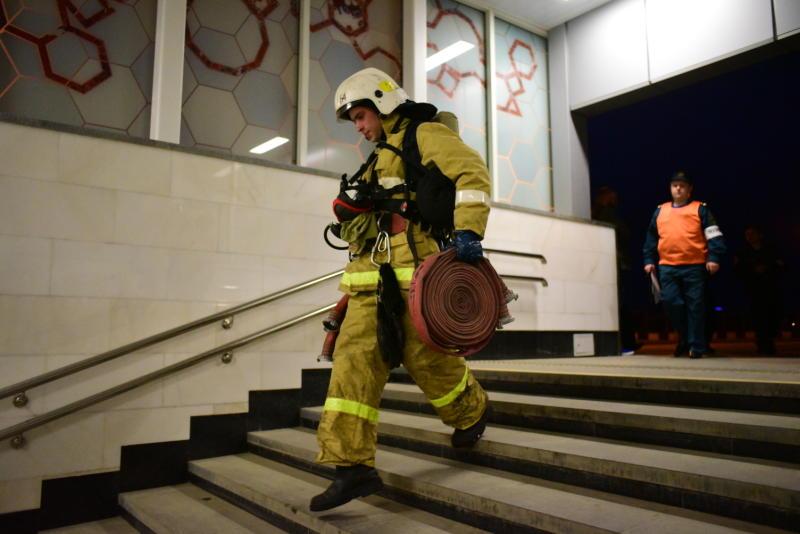 Лучший по профессии: отличившихся спасателей столицы наградят