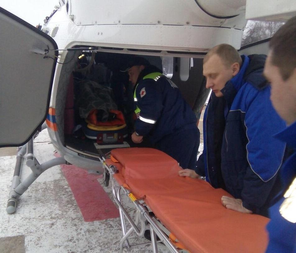 Пострадавшую женщину спасли на санитарном вертолете Московского авиационного центра