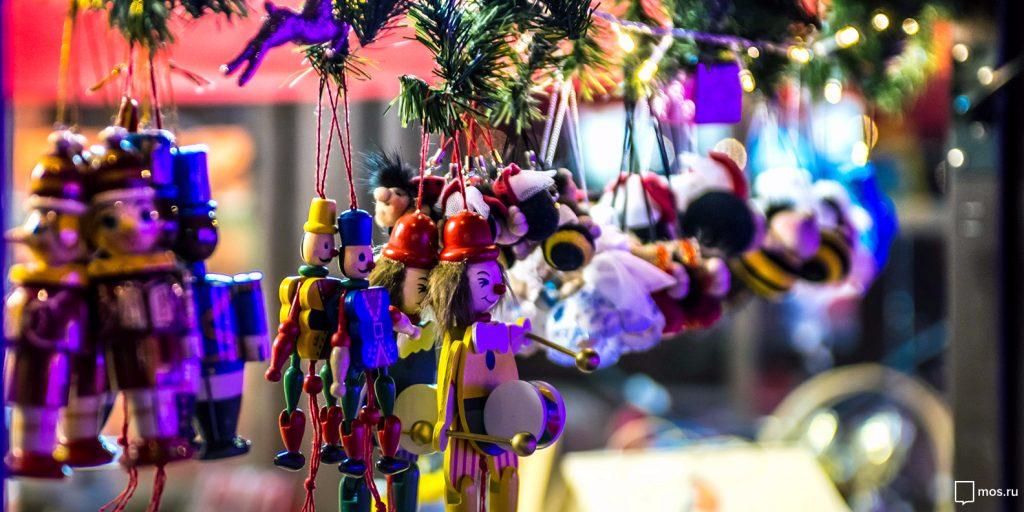 Надувные клюшки и огромная шайба: фестиваль «Путешествие в Рождество» пройдет в Троицке. Фото: mos.ru