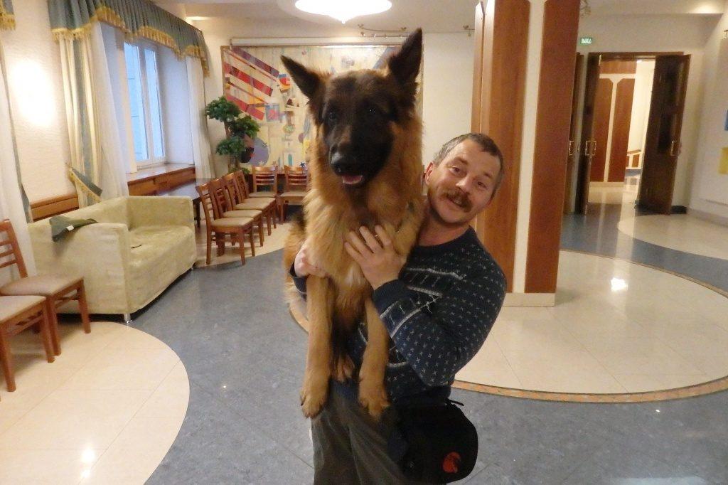 Новогоднее представление с дрессированной собакой пройдет в Мосрентгене