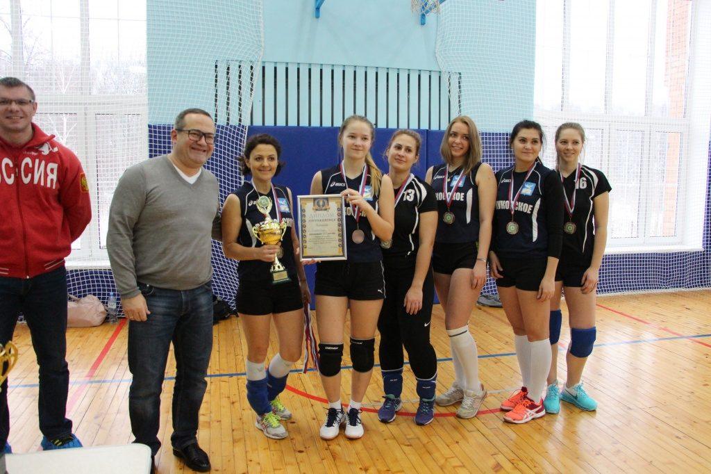 Турнир по волейболу состоялся в Сосенском центре спорта. Фото: администрация поселения Сосенское
