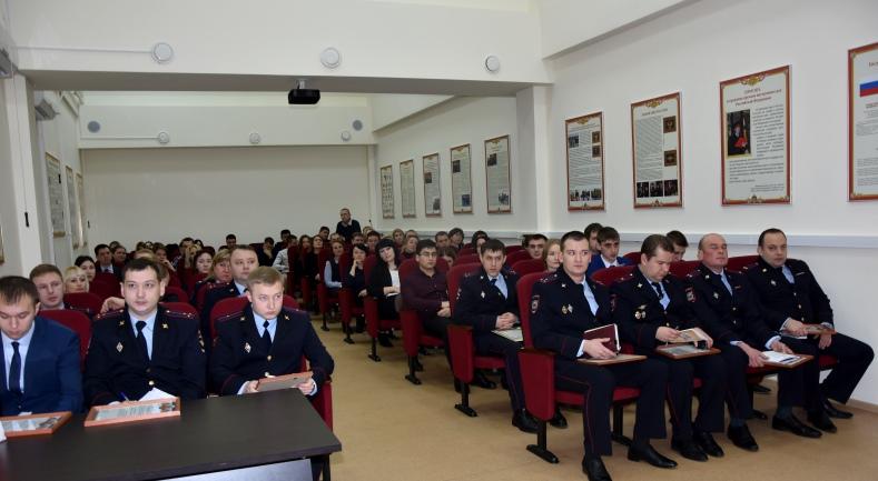 Патриотическое мероприятие прошло в Управлении внутренних дел по Новой Москве