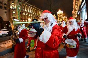 Пассажиров на вокзалах Москвы поздравит «Оркестр Деда Мороза»