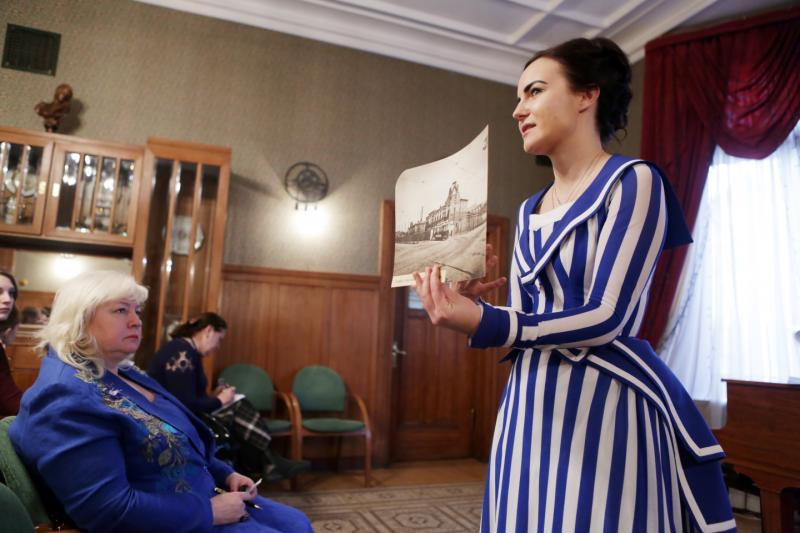 Лекцию о салонном искусстве прочитают в Новофедоровском