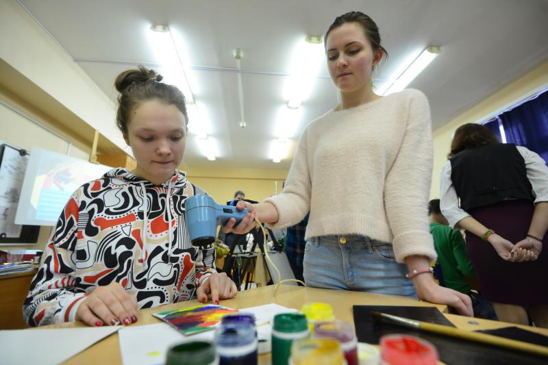Выставка детских работ «Новогодние тролли» откроется в Десеновском. Фото: архив