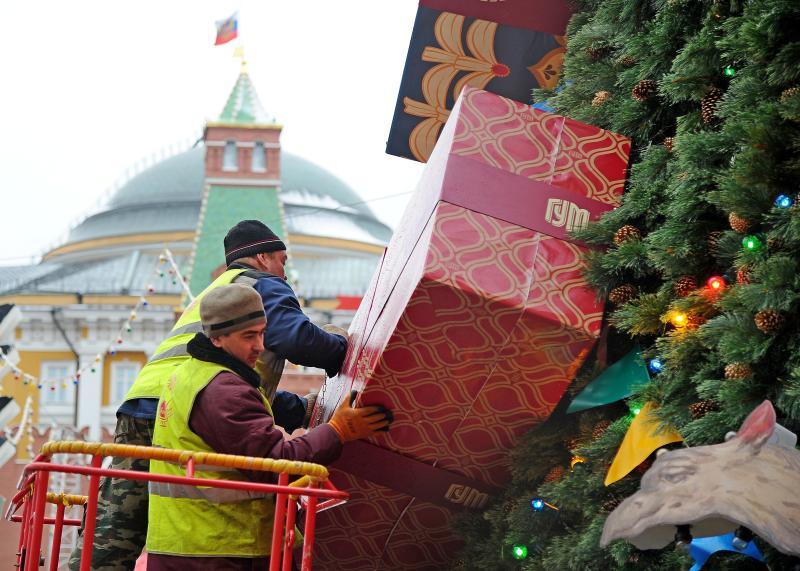 Порядка 270 елок появится в Москве к праздникам