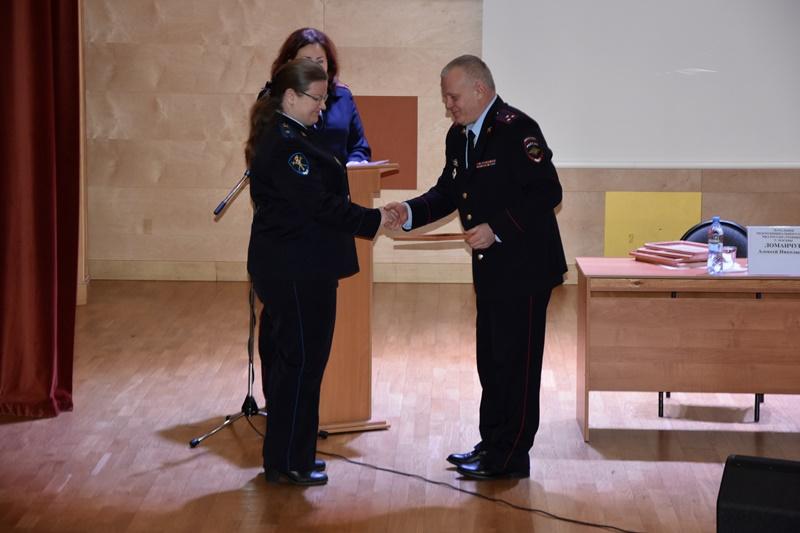 Итоги года подвел полковник полиции Алексей Ломанчук. Фото: пресс-служба УВД по ТиНАО