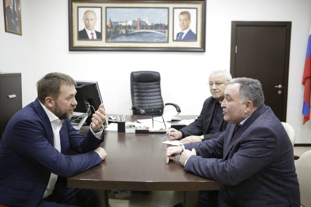 Дмитрий Саблин обсудил проблемы Щербинки с главой администрации