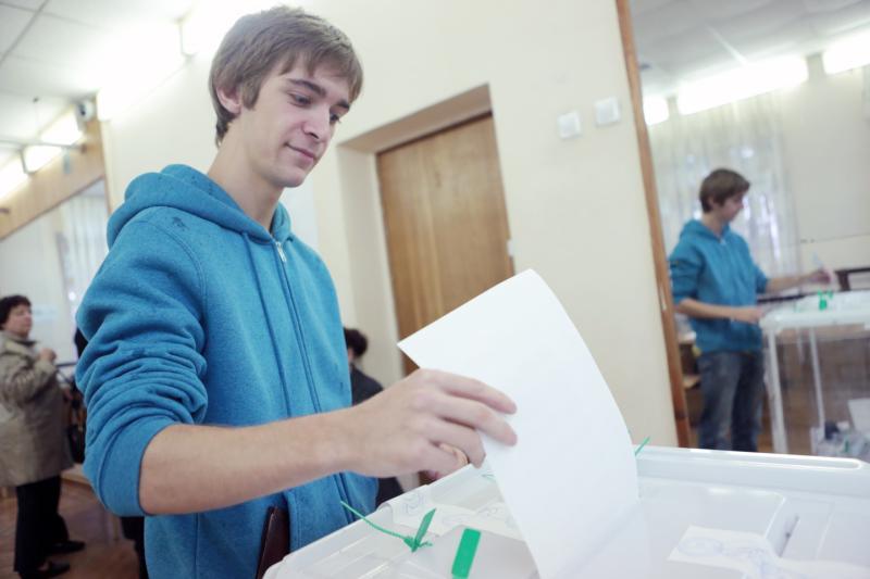 Свой голос на выборах президента страны впервые отдадут семь миллионов избирателей