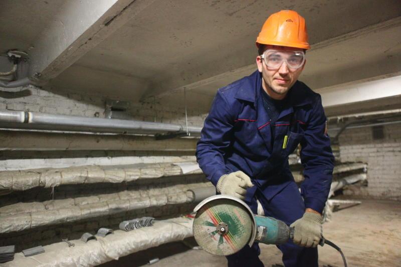 Кровельное покрытие жилого дома отремонтировали в Газопроводе