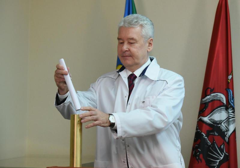 Собянин предложил идею строительства образовательных центров с бассейнами