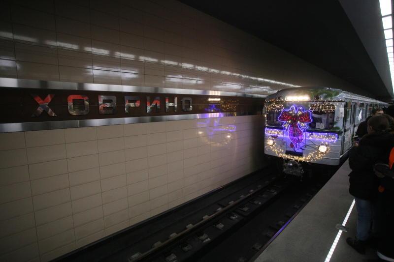 Скороварка, игрушки и ключи: что забывали пассажиры в метро Москвы
