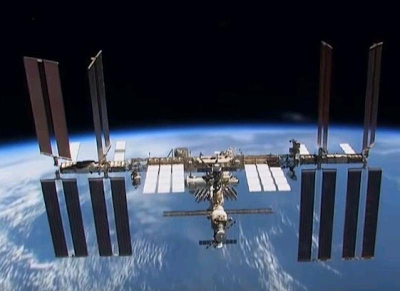 Российские члены экипажа МКС выйдут в открытый космос
