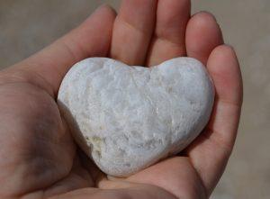 В Греции друзьям дарят камни. Фото: pixabay.com