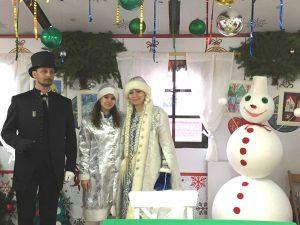 Мастерская по изготовлению снеговиков. Фото: Мария Иванова