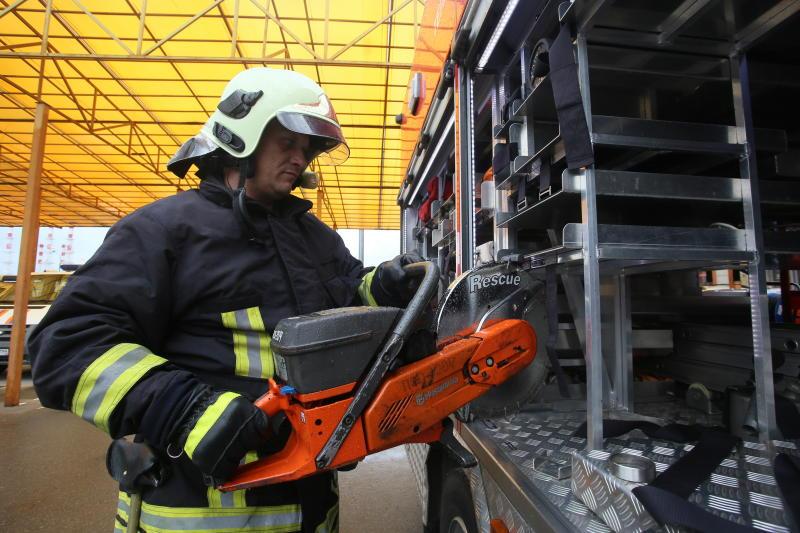 Более 100 спасателей обеспечили безопасность жителей Новой Москвы в новогоднюю ночь