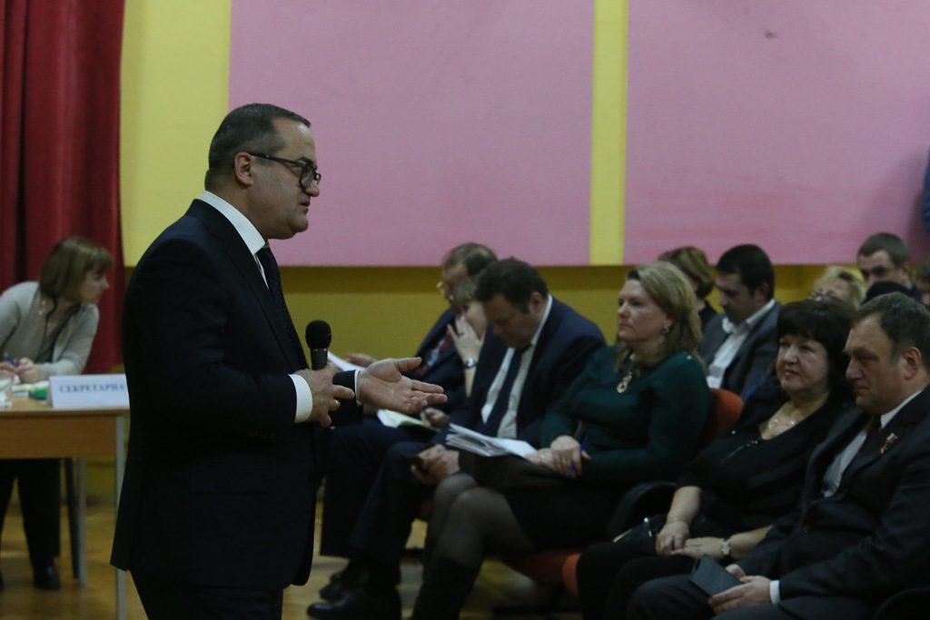 Префект ТиНАО Дмитрий Набокин обсудил с жителями Марушкинского вопросы социально-экономического развития поселения