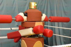 Робот-гладиатор сразится с жителями Москвы на ВДНХ