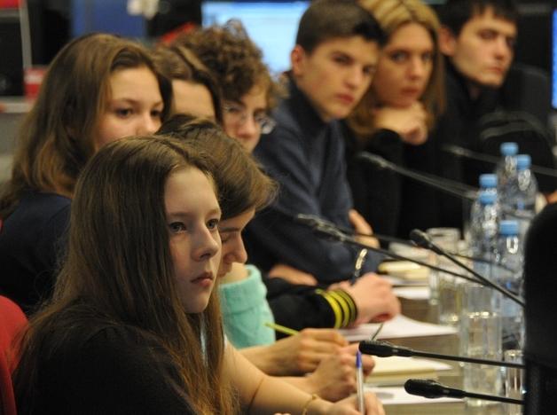 Юных жителей Щаповского пригласили на Уроки мужества. Фото: Игорь Ивандиков