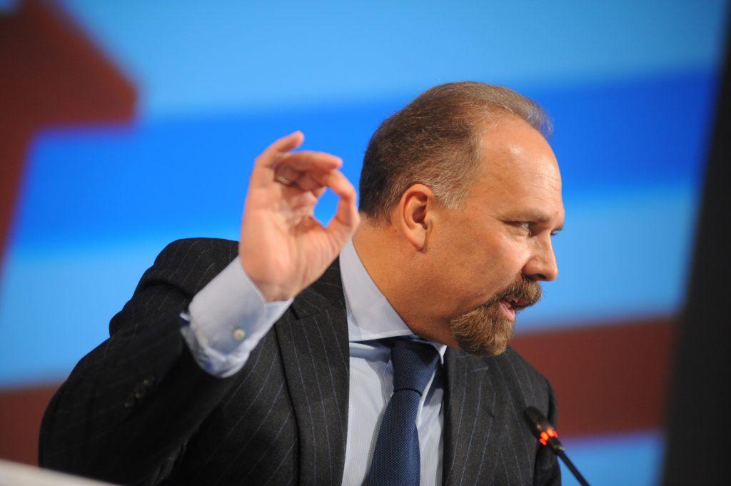 Глава Минстроя пообещал за пять лет решить проблемы дольщиков на 774 объектах