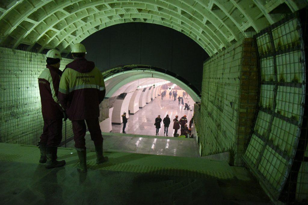 Работники метро перешли на усиленный режим работы