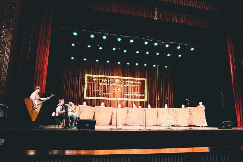 Детская музыкальная школа Новофедоровского завершила гастроли по Азии