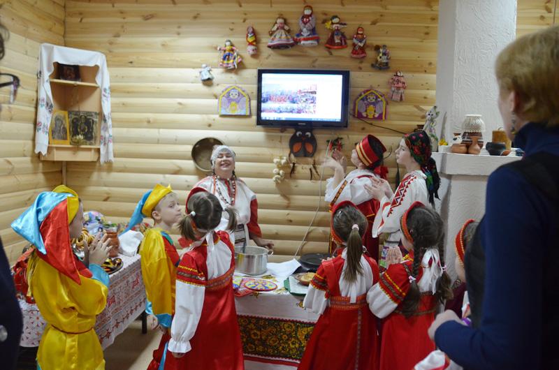Школы-побратимы: телемост подружил ребят из Москвы и Тывы. Фото: официальный сайт школы №2083 поселения Рязановское