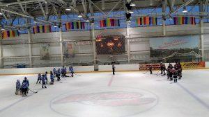 Одна из первых игр хоккеистов, ребята разгромили команду Восточного административного округа со счетом 14:1. Фото: Сосенский центр спорта