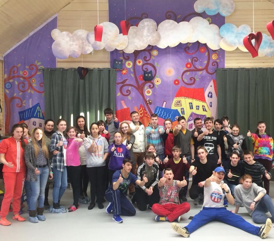 Детский дом-интернат «Солнышко» в Филимонковском посетили волонтеры