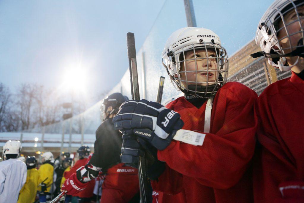Хоккеисты сборной Новой Москвы стали финалистами «Золотой шайбы»