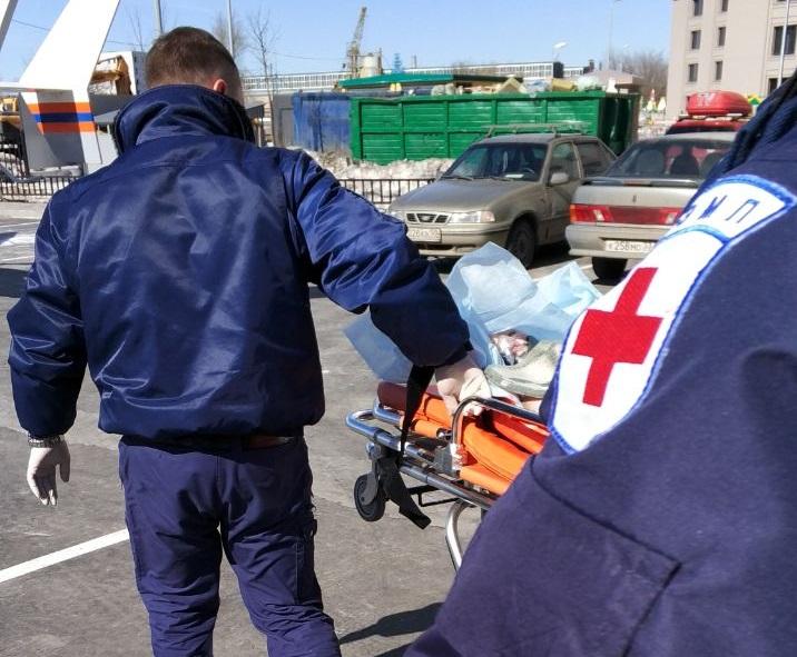 Вертолет Московского авиационного центра вылетел для спасения ребенка