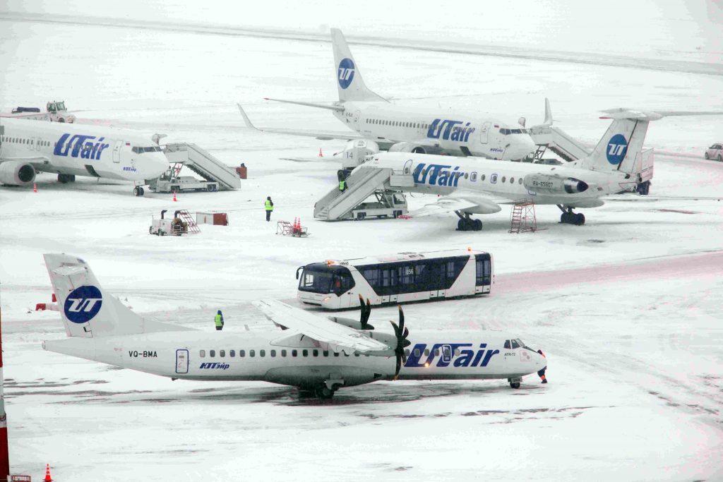 Почти 30 рейсов задержали аэропорты Москвы