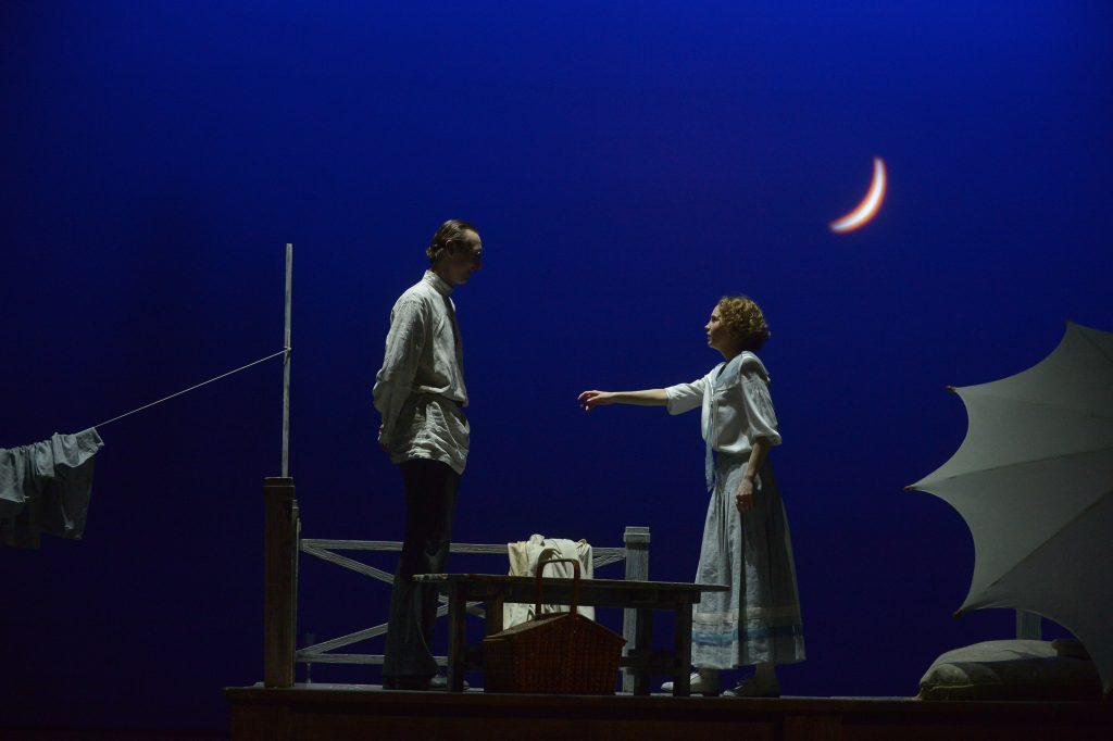Жителей Десеновского ждут театральные постановки