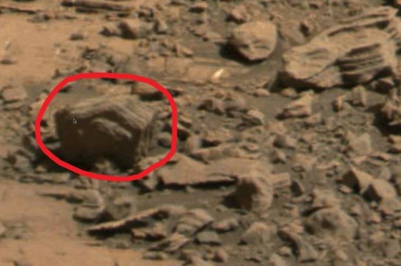 Ученые: Красный спорткар Илона Маска может занести на Марс земные бактерии