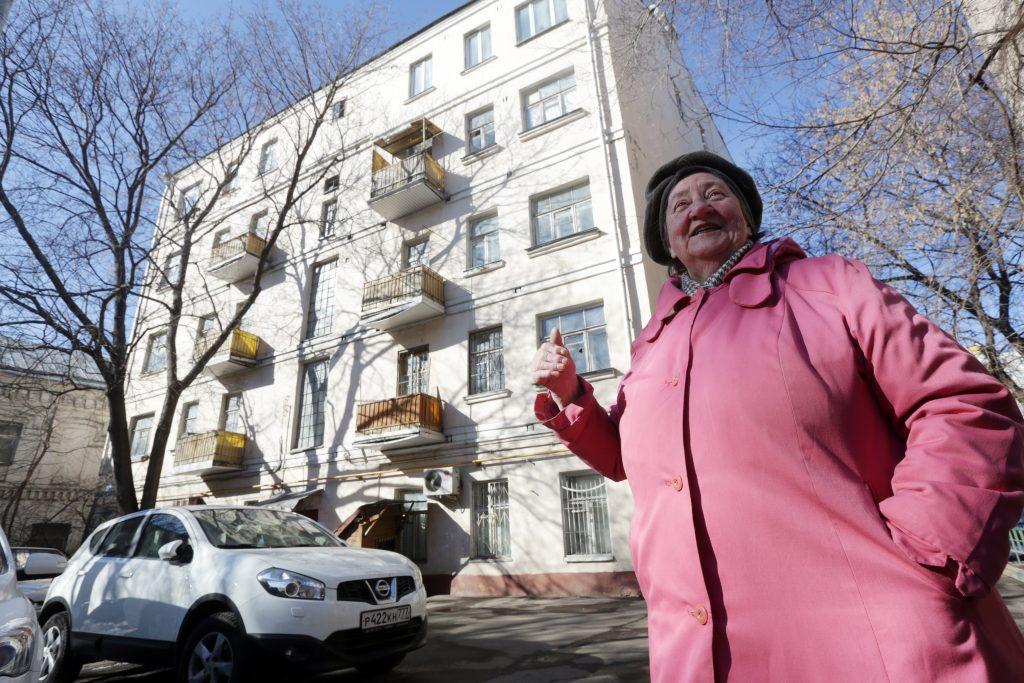 Капитальный ремонт дома в Кокошкино завершат к концу 2018 года. Фото: Анна Иванцова, «Вечерняя Москва»