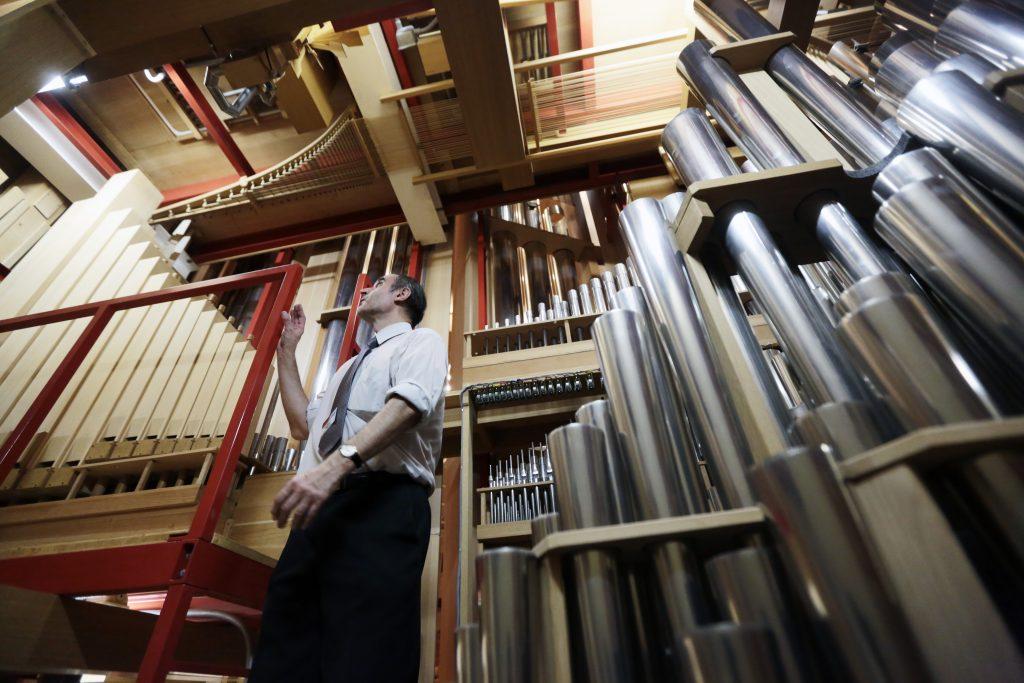 Заслуженный артист России исполнит музыкальные композиции в Органном зале Щаповского