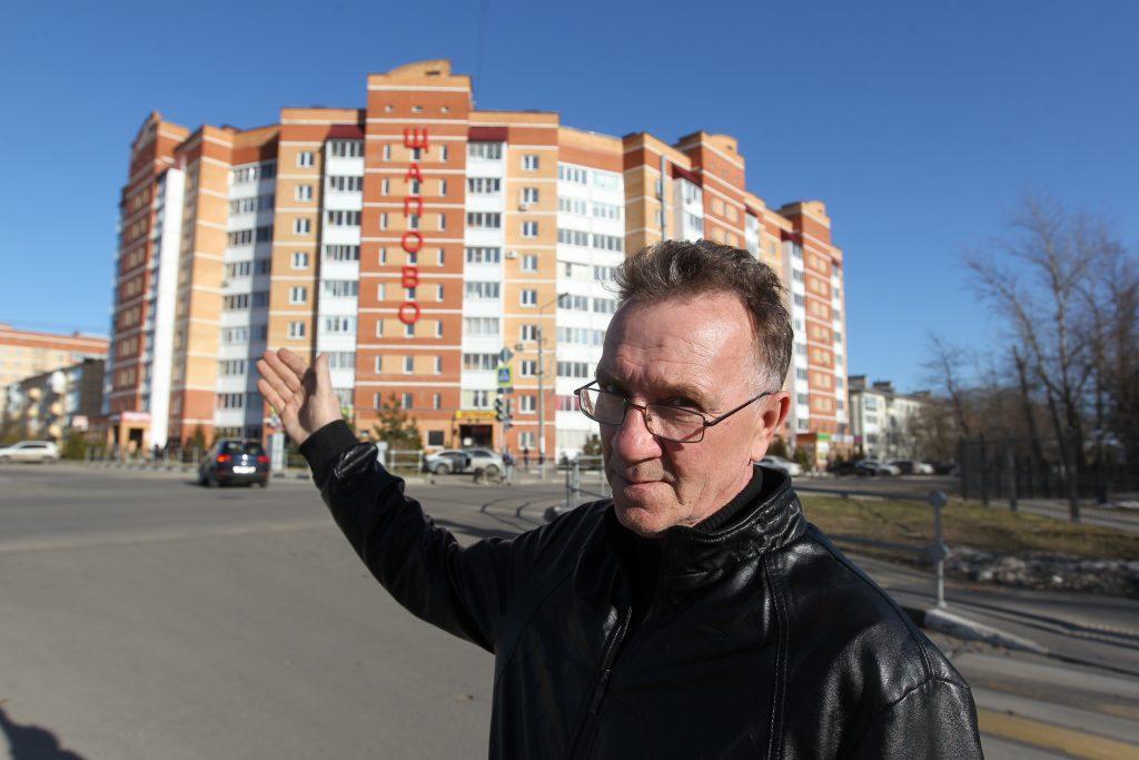 9 апреля 2018 года. Владимир Злагодух показывает новые жилые дома в Щапове. По подсчетам экспертов, это одни из самых выгодных для вложения новостроек Новой Москвы.
