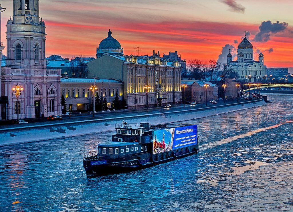 Пассажирская навигация начнется на Москве-реке