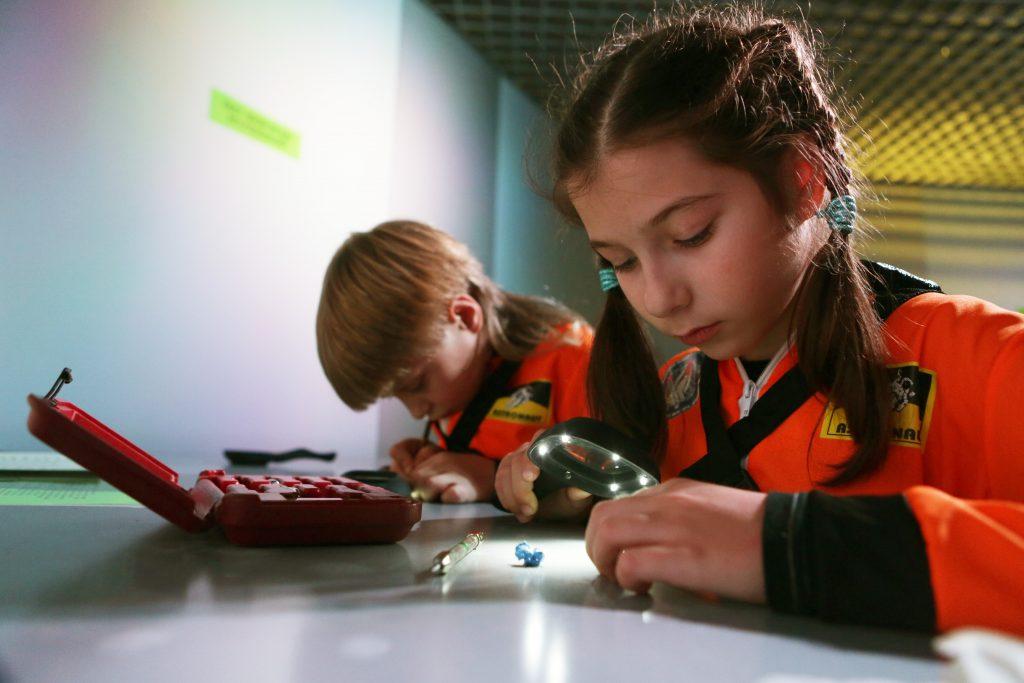 Звездное небо: для детей из Филимонковского подготовили «космическую» акцию