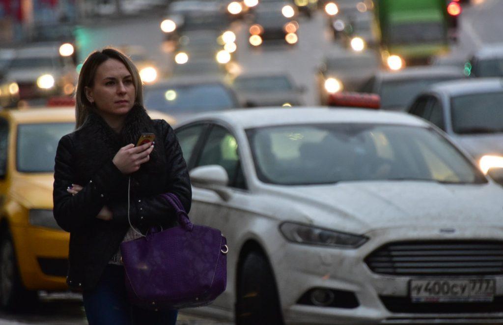 Власти Москвы назвали удачное время для выезда из города в выходные