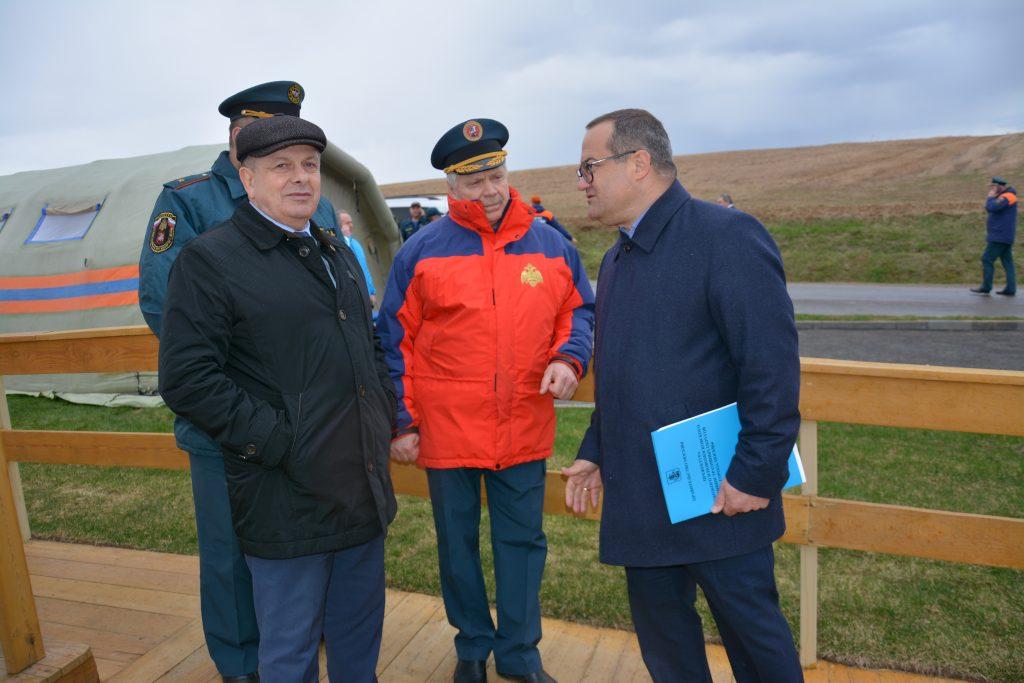 Масштабная тренировка по тушению природных пожаров прошла в Новой Москве