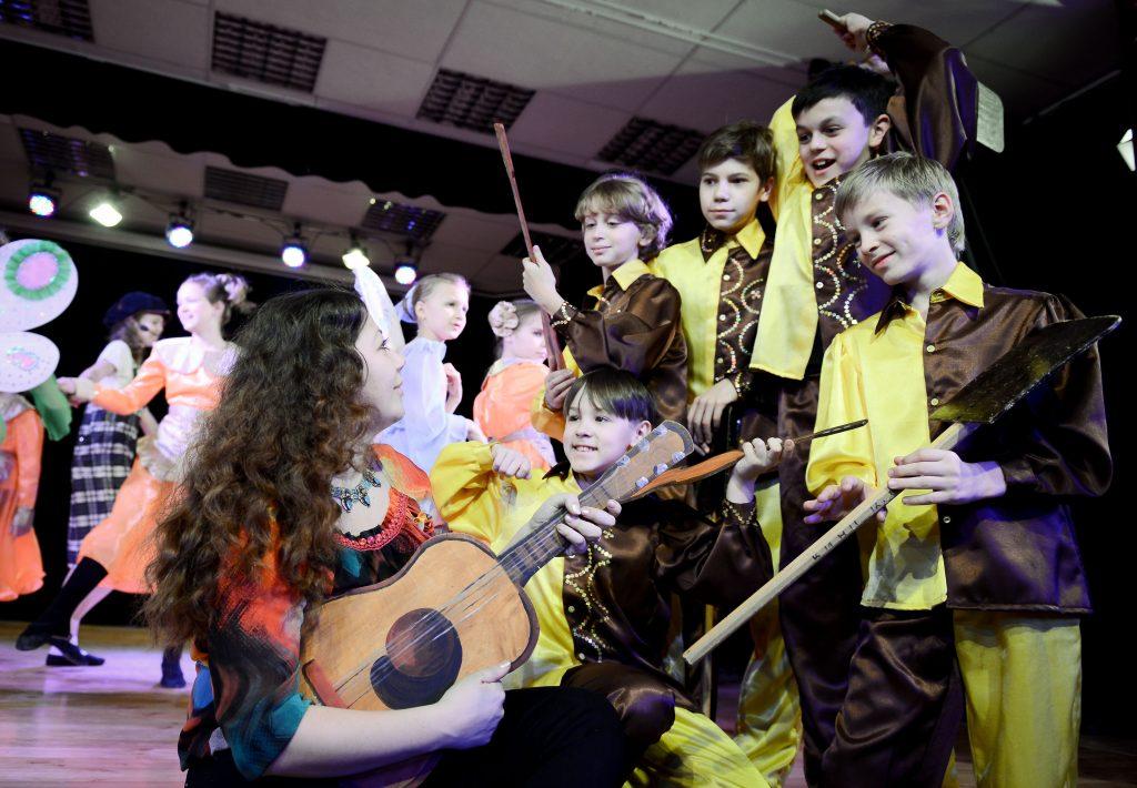 Ученики Воскресенской детской школы искусств примут участие в конкурсе. Фото: Наталья Феоктистова, «Вечерняя Москва»