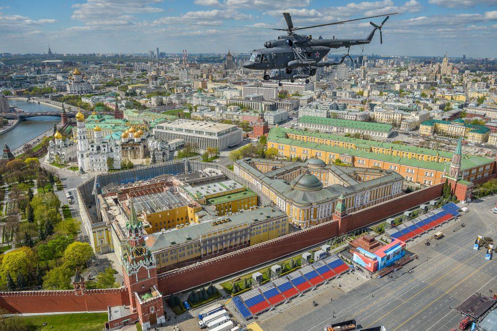 ФСО закроет Кремль в мае