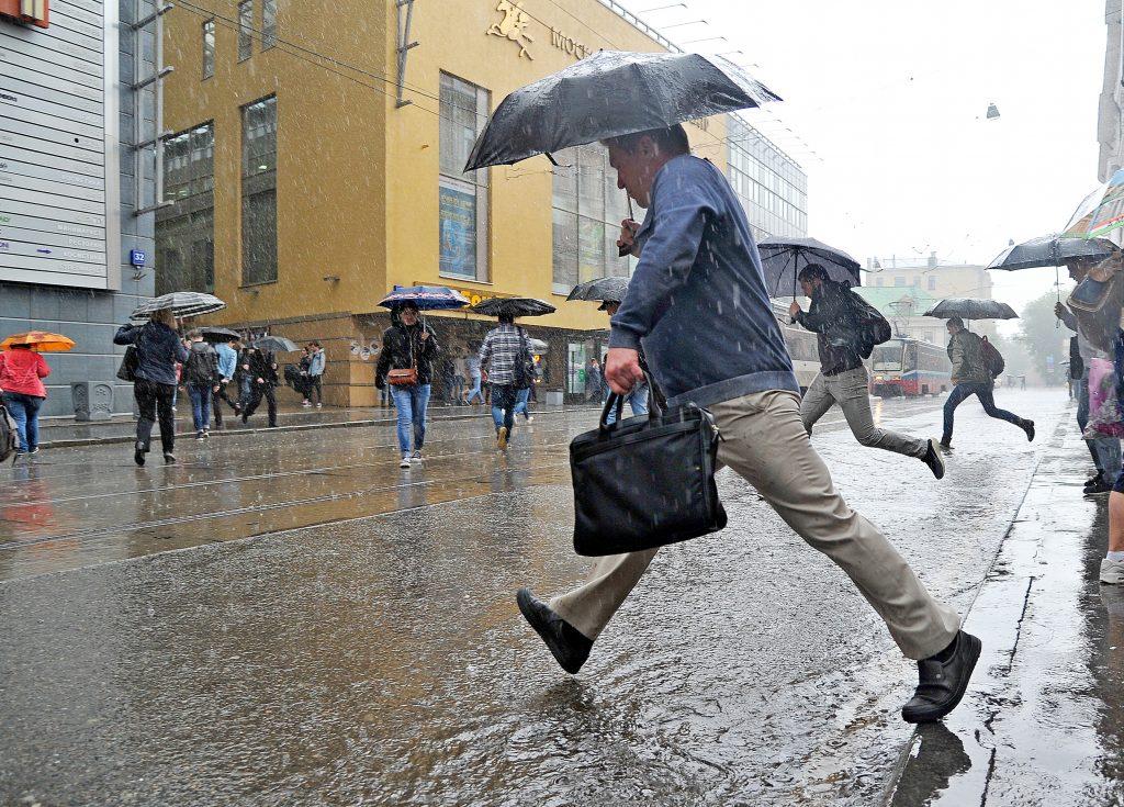 За сутки на Москву обрушатся 20 процентов месячной нормы дождя