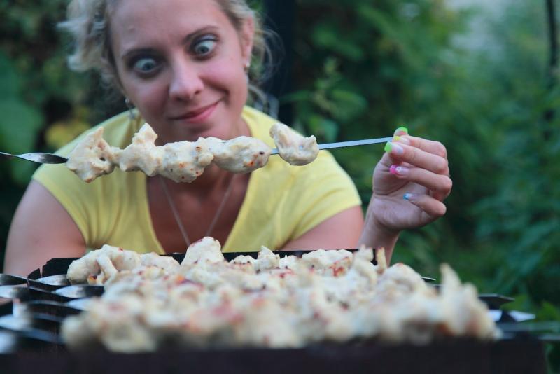 Бесплатно и безопасно: где в столице можно устроить пикник с шашлыками на майские праздники