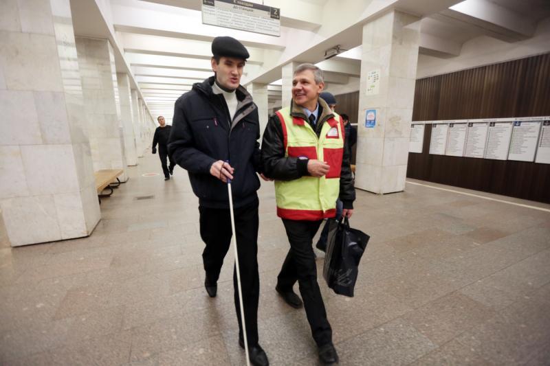 Инспекторы центра обеспечения мобильности помогли более 42 тысячам пассажиров метро с начала года