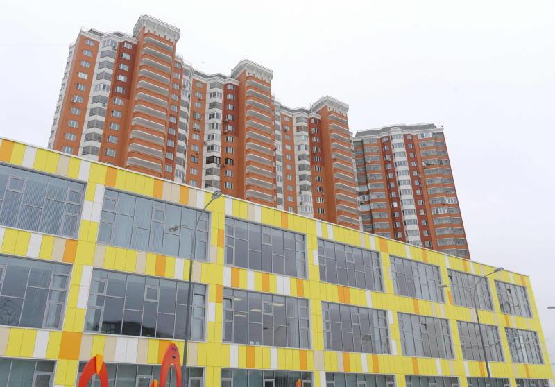Две школы и семь детских садов возведут в рамках строительства жилищного комплекса в Сосенском